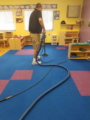 Commercial Carpet Cleaning in Oakland Park, FL (1)