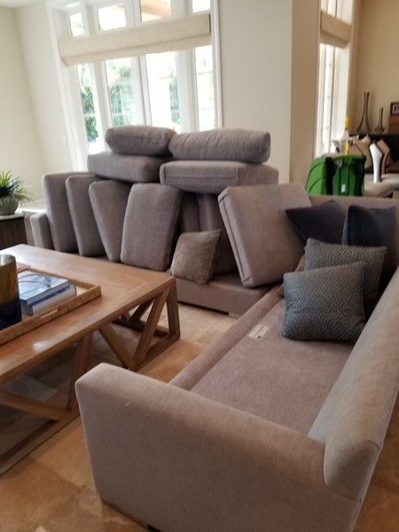 Upholstery Cleaning in Hollywood, FL (1)