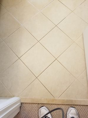 Before & After Tile and Grout Cleaning in Palm Beach, FL (2)