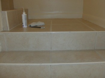 Tile & Grout Cleaning / Coloring