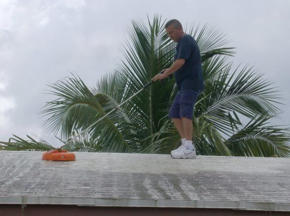 Roof Cleaning in Fort Lauderdale, FL